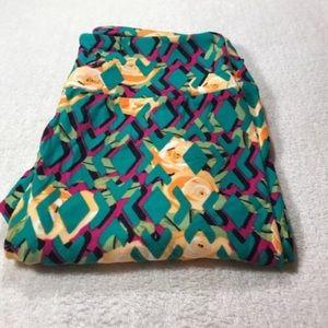 3/$30 LuLaRoe one size  rose leggings nwt